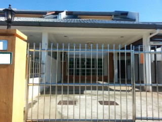 Terraced House › Sengkurong | 4 Bedrooms