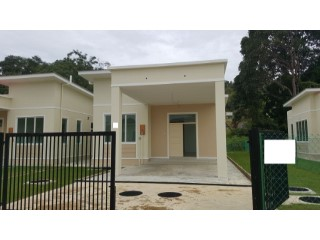 Bungalow › Mentiri | 4 Bedrooms