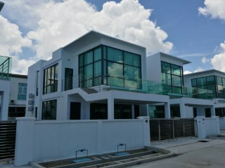 Brand New Semi-Detached House at Lumut Sand | 4 Bedrooms | 3WC