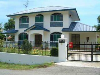 Neat & Tidy Home in Popular Location Sg Tilong | 4 Bedrooms