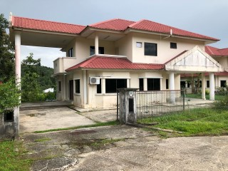 Detached House › Kota Batu | 6 Bedrooms