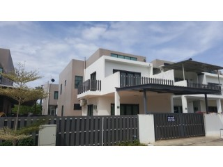 Terraced House › Berakas B | 4 Bedrooms