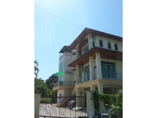 Detached House › Sengkurong | 5 Bedrooms