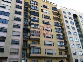 Apartment › Sintra | 4 Bedrooms | 2WC