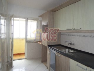 Apartment › Seixal | 3 Bedrooms | 1WC