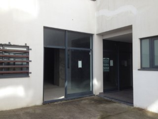 Commercial space with total area of 72.90 m2, intended for trade. |