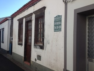 House 2 bedrooms, in Lomba do Alcaide - Povoação | 2 Bedrooms | 1WC