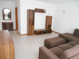Apartment T3, sold fully furnished. Pond | 3 Bedrooms | 1WC