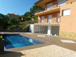 House for sale in Lloret de Mar | 5 Bedrooms | 3WC
