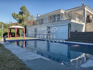 Villa in Lloret de Mar | 5 Bedrooms | 2WC