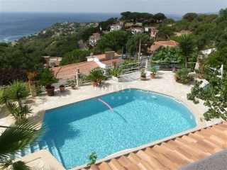 House overlooking the sea in Lloret de Mar, ref. 1176 | 3 Bedrooms | 2WC
