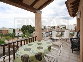 CHARMING ATTIC APARTMENT IN RODA DE  BAR, WALKING DISTANCE TO BEACH | 2 Bedrooms