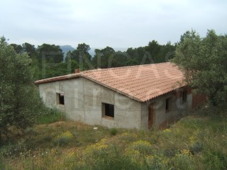 LARGE FINCA IN BENIFALLET AREA, 2 BUILDINGS  AND RIVER VIEWS |