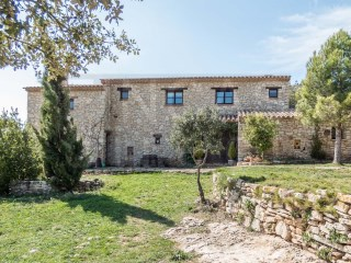 SUPERB REFURBISHED FARMHOUSE IN MONTBLANC - PRADES MOUNTAINS, IDEAL RURAL TOURISM | 7 Bedrooms