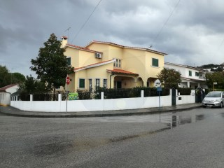 House › Abrantes | 4 Bedrooms | 3WC