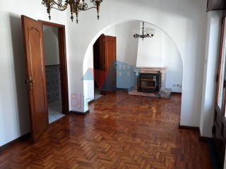 Two-flat House › Beja | 4 Bedrooms | 2WC