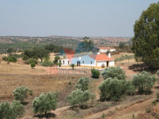Alentejo Farmhouse › Serpa |