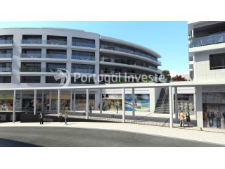 For rent store nicely located in the Liberdade Atrium Enterprise, Almada, Lisbon - Portugal Investe |