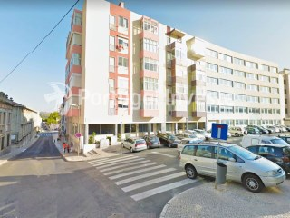 For sale 2 bedrooms apartment, renewed, with suite, nice located, in quiet neighborhood of Lisbon, Ajuda - Portugal Investe | 2 Bedrooms | 2WC