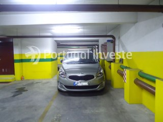 Plaza de parking › Almada |
