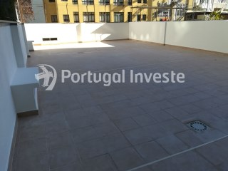 For sale, Flat with 4 rooms close to the Gulbenkian Foundation, Avenidas Novas, Lisbon- Portugal Investe | 3 Bedrooms | 2WC