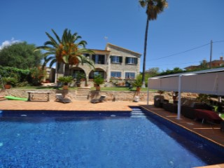 Family House - Marraxi | 5 Bedrooms