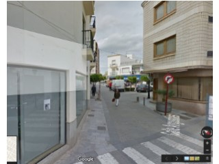 Local comercial en pleno centro de Vera. |