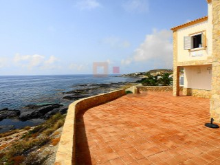 Spectacular villa with amazing views. | 5 Bedrooms | 2WC