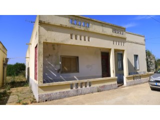Pinheiro, Luz de Tavira  A semi ruined house with over 200m2 and land approx 9500m2 |
