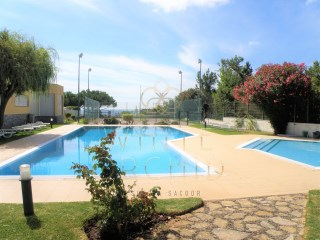 Two bedroom with sea view, in condo with pool and tennis court - Guia, Cascais | 2 Bedrooms | 3WC