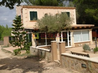 Finca rústica with guest house in Sencelles. | 4 Bedrooms | 2WC