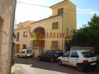 House for sale in Selva, Majorca. | 3 Bedrooms | 2WC