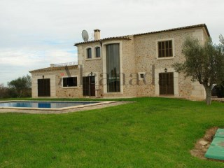 Farmland for sale in Santa Margalida | 5 Bedrooms | 4WC
