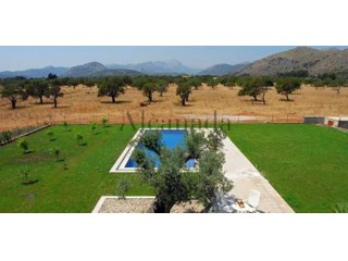Buildable land in Pollensa, Mallorca. |