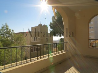 Flat overlooking the harbor in Palma de Mallorca | 4 Bedrooms | 2WC