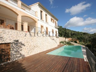 Urban plots for sale in Pollensa, Majorca in an exclusive residential area | 4 Bedrooms | 3WC