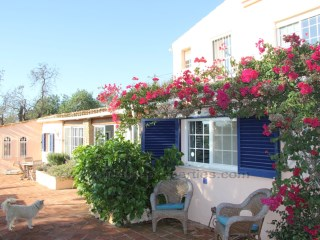 Charming Country three bedroom property near Loule! RP1065V | 4 Bedrooms | 3WC