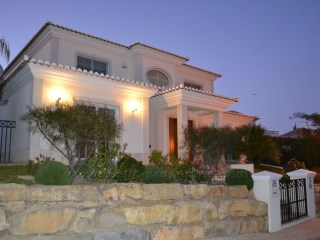 Luxury 5 bedroom villa located between Quinta do Lago and Vale do Lobo. RPS1180V | 5 Bedrooms | 6WC