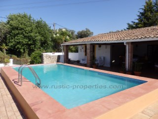 Lovely country villa with 3 bedrooms and annex near Loulé. RP1185V | 3 Bedrooms + 1 Interior Bedroom | 3WC