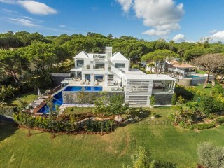 Luxury Villa in Quinta do Lago, Algarve. RPS1043V | 5 Bedrooms | 6WC