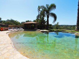 Quality villa with 2 bedrooms and swimming pool in Santa Bárbara de Nexe. RPS1257V | 2 Bedrooms