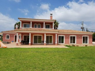 Four bedroom villa near Almancil. RPS1268V | 5 Pièces