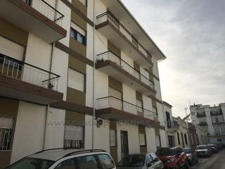 Apartment with 3 bedrooms in the Centre of Loulé. RP1290