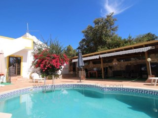 Traditional 3 bedroom house located close to Sao bras de Alportel. RPS1283V  | 3 Bedrooms | 3WC
