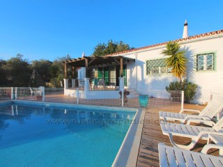 Villa with 3 + 1 bedrooms, garden and swimming pool near Santa Bárbara de Nexe. RPS1308V | 3 多个卧室 + 1 室内装饰卧室