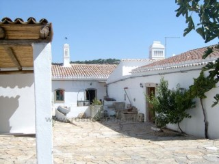 Renovated Farmhouse between Loulé and S. Brás de Alportel | 3 多个卧室 | 2WC