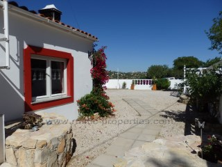 Three Bedroom Villa with one bedroom annex near Loulé with country views. RP742V | 3 Bedrooms + 1 Interior Bedroom | 2WC