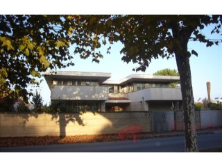 Detached House › Vila Nova de Gaia | 6 Bedrooms | 3WC