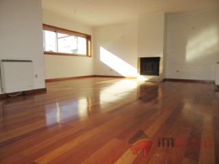 Apartment › Maia | 3 Bedrooms | 1WC