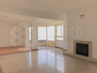 2 bedroom apartment, sea view-Paço de Arcos-Oeiras | 2 Bedrooms | 2WC